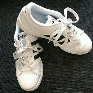 Boy's White Adidas Shoes - Size 4